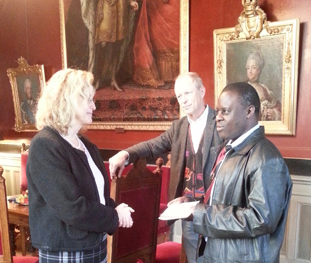 From the right: Dr. Peter Waiswa, Professor Stefan Swartling Peterson and Vice-Chancellor Eva Åkesson.